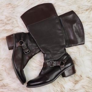 VINCE CAMUTO: Knee High Leather Boots